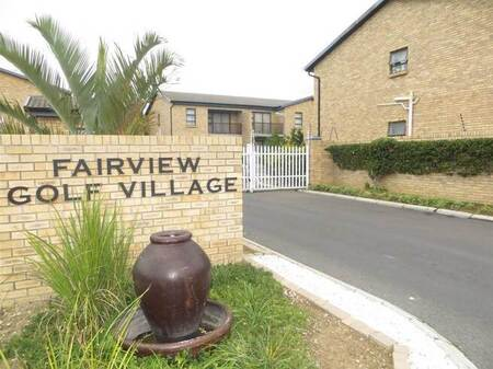 2 Bed Apartment in Fairview Golf Estate