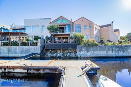 3 Bed House in Harbour Island