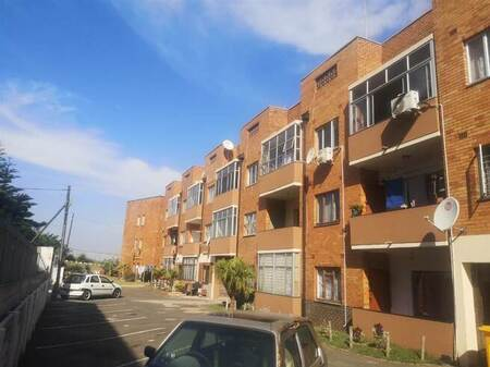 2 Bed Flat in Isipingo Beach