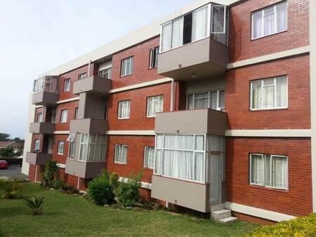 3 Bed Apartment in Saiccor