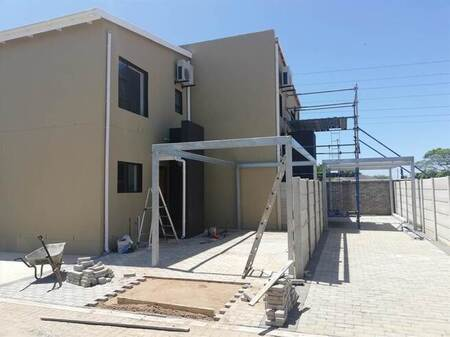3 Bed Townhouse in Campher Park