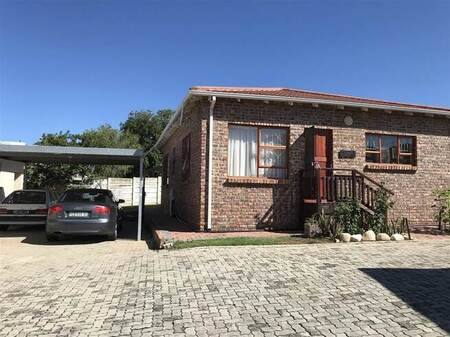 2 Bed Townhouse in Bothasrus