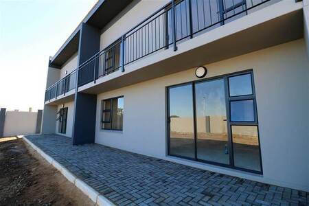 2 Bed Townhouse in Gonubie