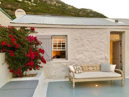 2 Bed House in Kalk Bay