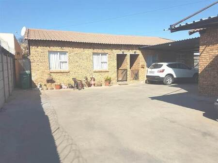 3 Bed Townhouse in Randgate
