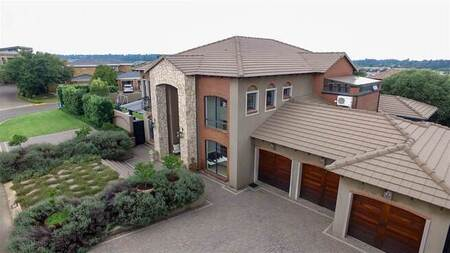 4 Bed House in Ebotse Estate