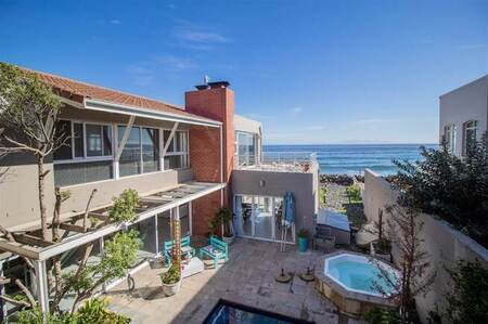 4 Bed House in Harbour Island