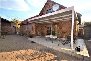 3 Bed Townhouse in Helikon Park