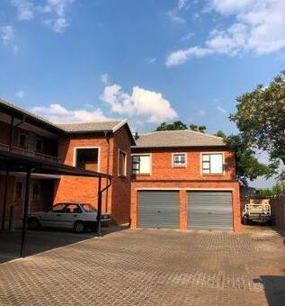 2 Bed Townhouse in Beyers Park