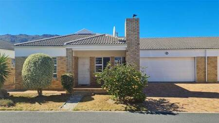 3 Bed House in Whispering Pines