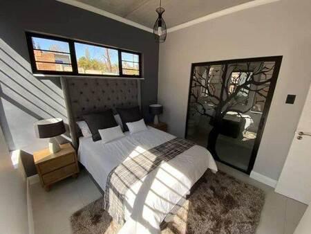 Studio Apartment in Ferndale