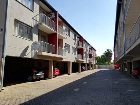 1 Bed Apartment in Rietfontein