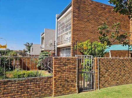 3 Bed Townhouse in Edleen