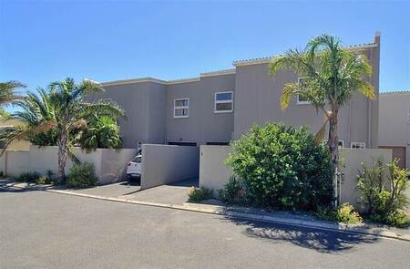 3 Bed Townhouse in Anchorage Park