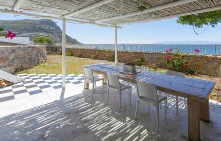 3 Bed House in Simons Town