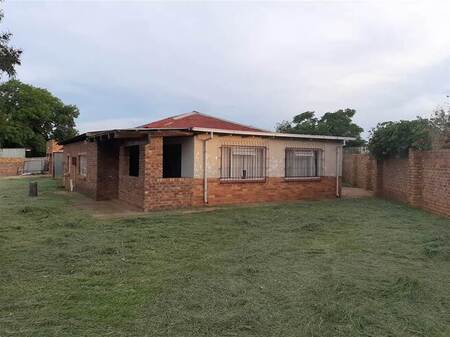 3.5 Bed House in Rayton