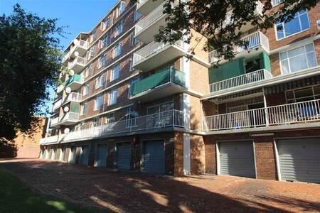 3 Bed Apartment in Rietfontein