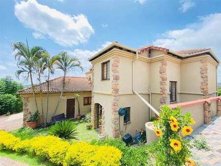4 Bed House in West Acres