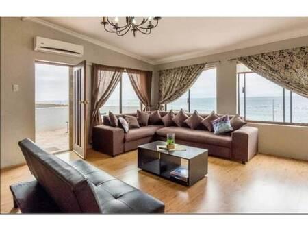 4 Bed House in Glencairn