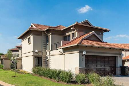 3 Bed House in Ebotse Estate