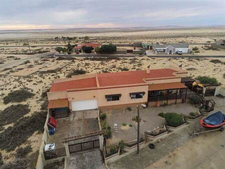 4 Bed House in Port Nolloth