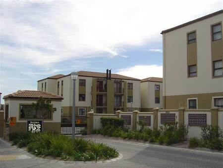 2 Bed Apartment in Strand Central