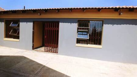 1 Bed Apartment in Kagiso
