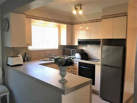 1 Bed Apartment in Westcliff