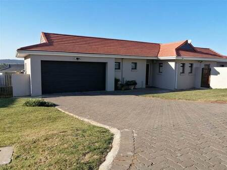 4 Bed House in Kidds Beach