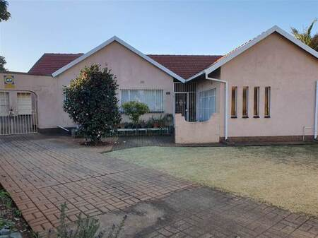 3 Bed House in Witfield