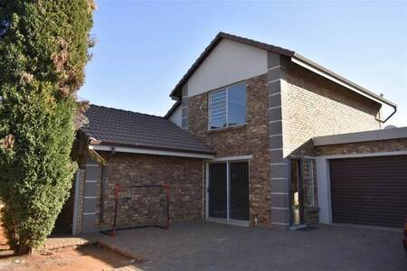 4 Bed House in Benoni North