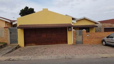 2 Bed House in Kwamagxaki