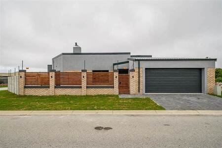 3 Bed House in Mount Pleasant