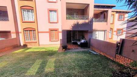 2 Bedroom unit with own garden Castleview!