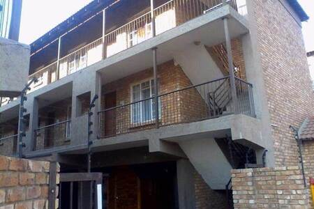 2 Bed Apartment in Kempton Park Central