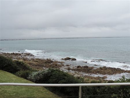 Holiday Accommodation Port St Francis - R3760 p.n