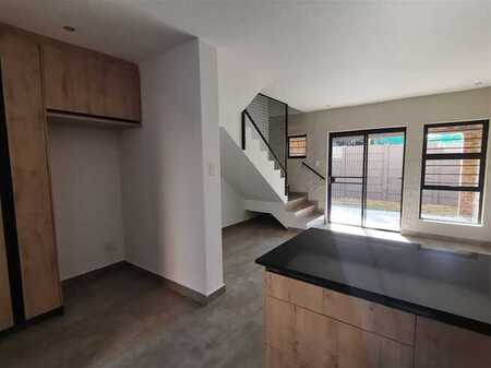 Newly built - 2 Bed townhouse for sale in Lyttelton Manor