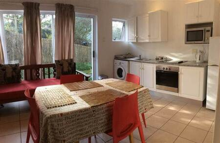 2 Bed Apartment in East London Coast