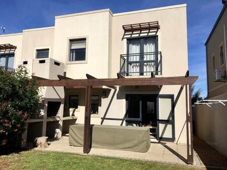 2 Bed House in Somerset West Central
