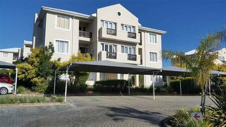 1 Bed Apartment in Beacon Bay