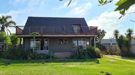 4 Bed House in Gonubie