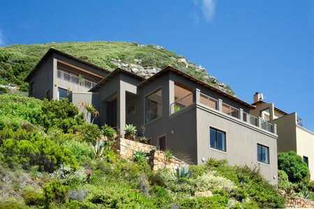 Mansion on the Mountain - With Breathtaking Sea Views