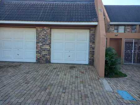 3 Bedroom Townhouse in Southernwood