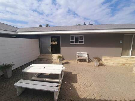 1 Bed House in Nahoon