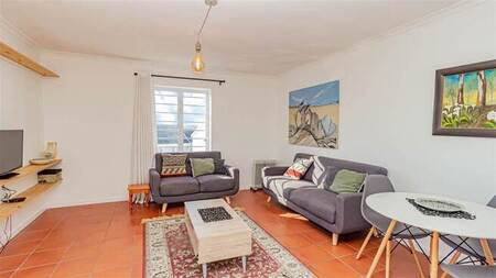 2 Bed Apartment in West Beach