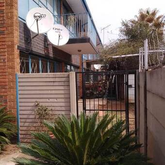 2 Bed Apartment in Meyerton Central