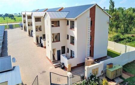 2 Bed Apartment in Rayton