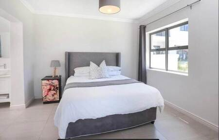 1 Bed Flat in Chanteclair