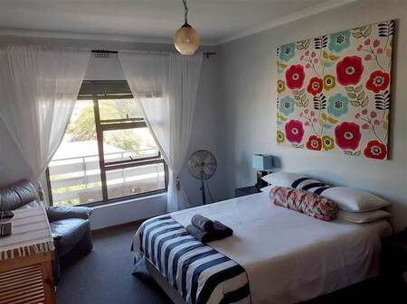 1 Bed Apartment in Eastcliff