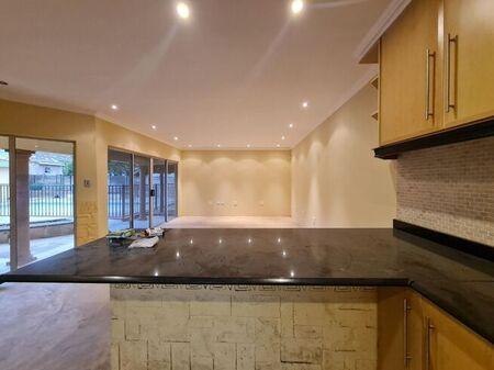 3 Bedroom House To Rent in Hayfields